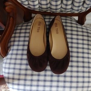 Me Too suede leather flats perfect condition 8M